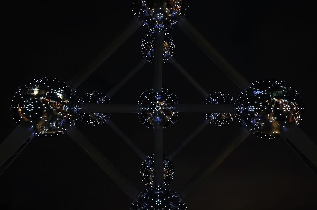 atomium-night-2