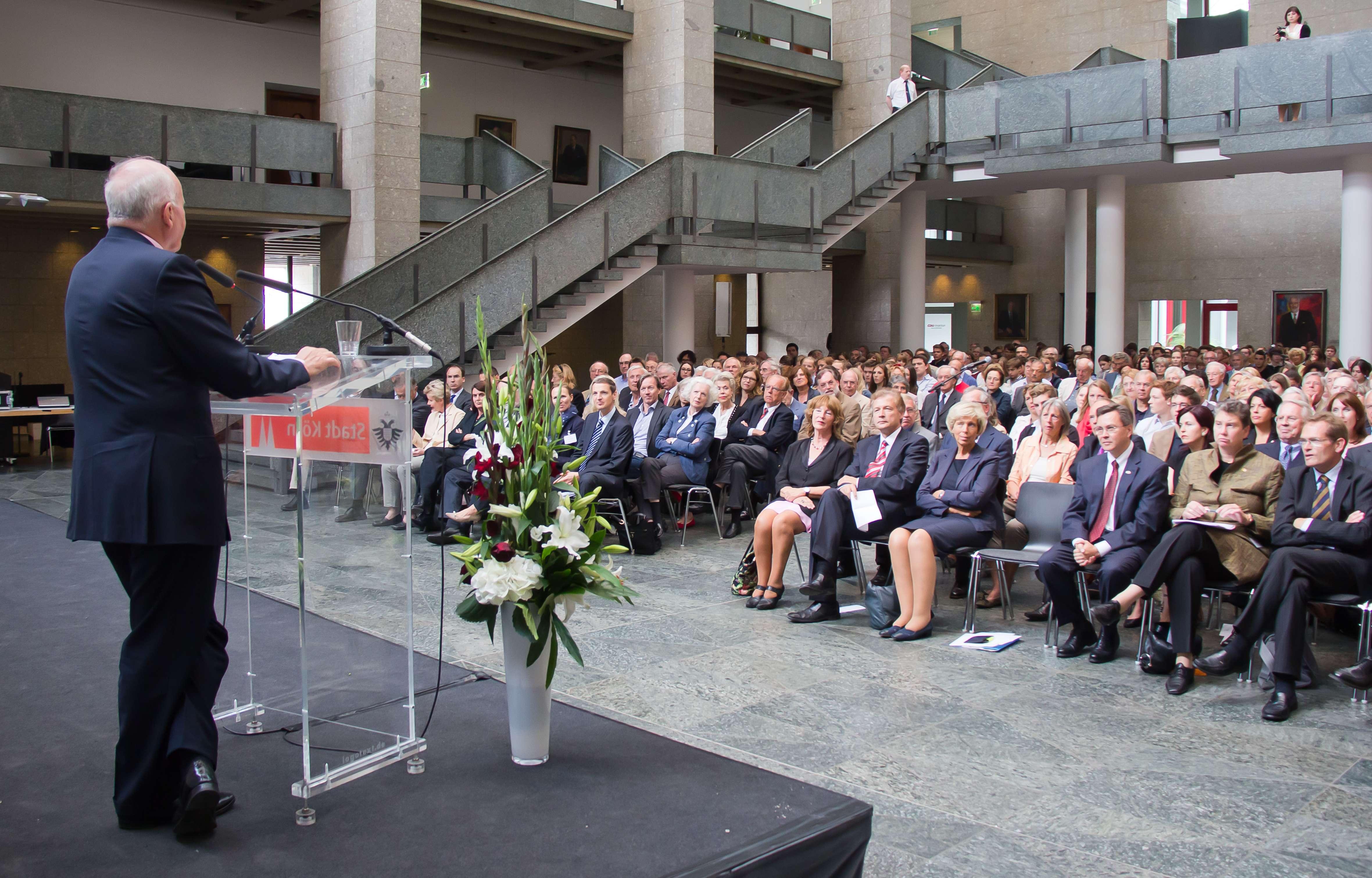 Amerika-Haus Köln - Town Hall Meeting Peter Ammon
